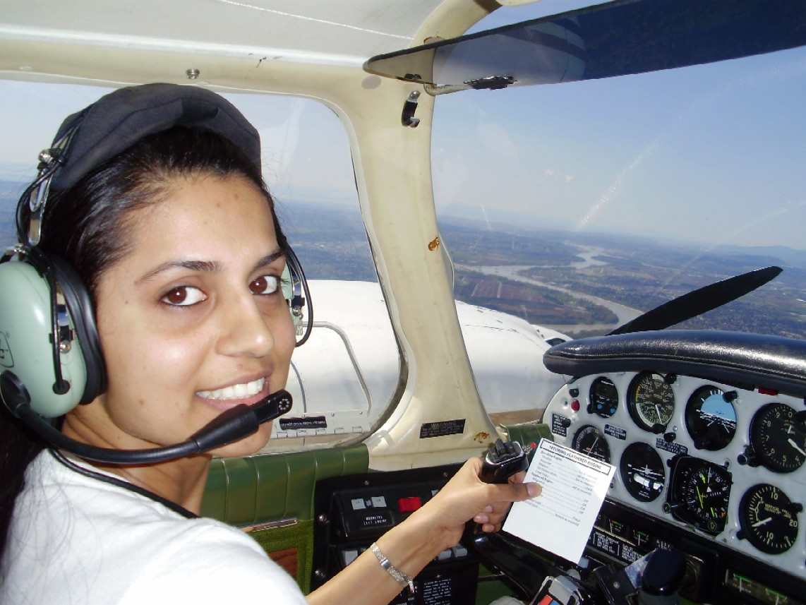 Commercial Pilot Sukhmani Brar at the controls of Seneca GURW during an engine shut-down exercise.  April, 2009.  Langley Flying School.