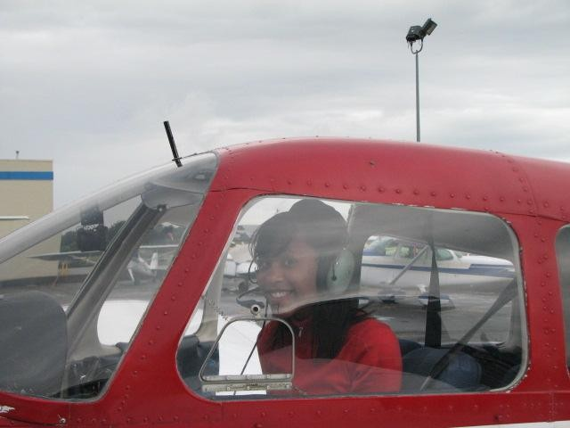 Nicole Douglas, First Solo Flight, Langley Flying School
